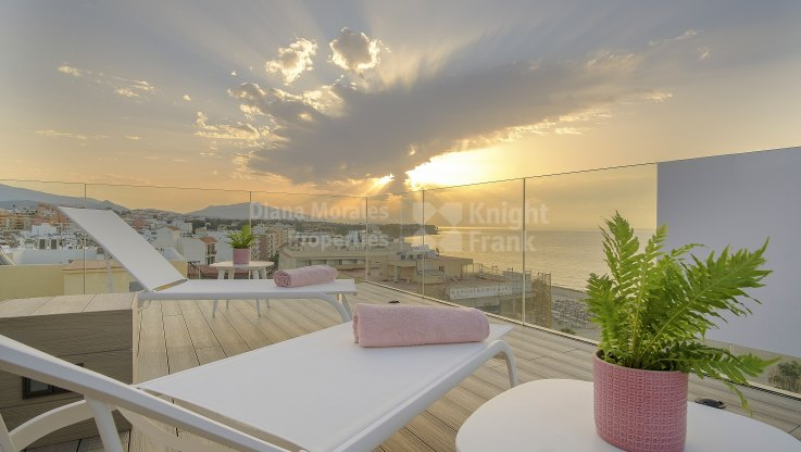 Luxury penthouse on the beachfront - Duplex Penthouse for sale in Estepona Playa, Estepona