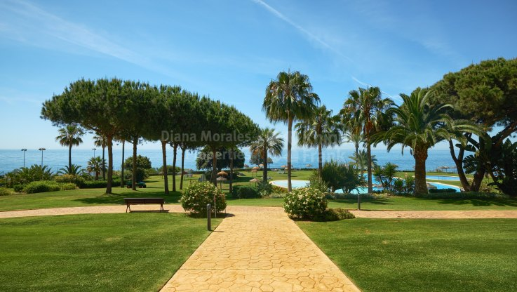 Apartment with stunning sea views - Apartment for sale in Los Granados de Cabopino, Marbella East
