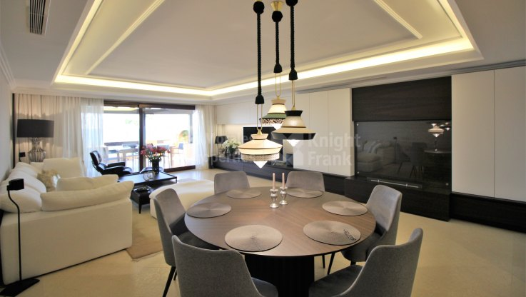 Frontline beach apartment - Apartment for sale in Los Granados del Mar, Estepona