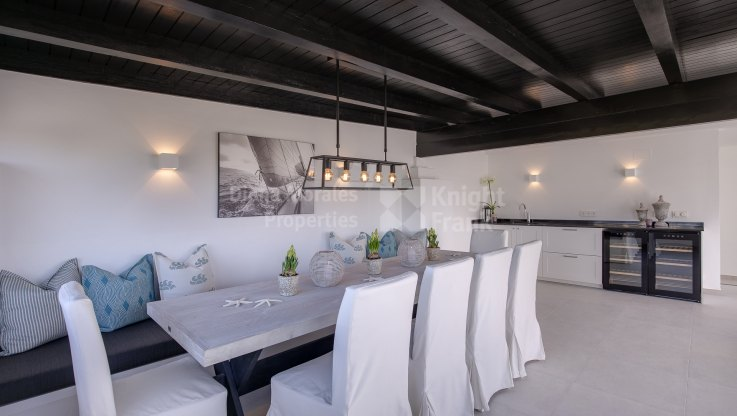 Conveniently located - Apartment for sale in Rodeo Alto, Nueva Andalucia