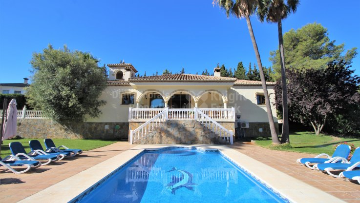 Cancelada, Single level villa in Estepona