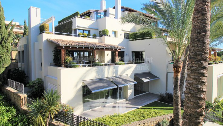 Garden Apartment in Cascada de Camojan - Ground Floor Apartment for sale in Imara, Marbella Golden Mile