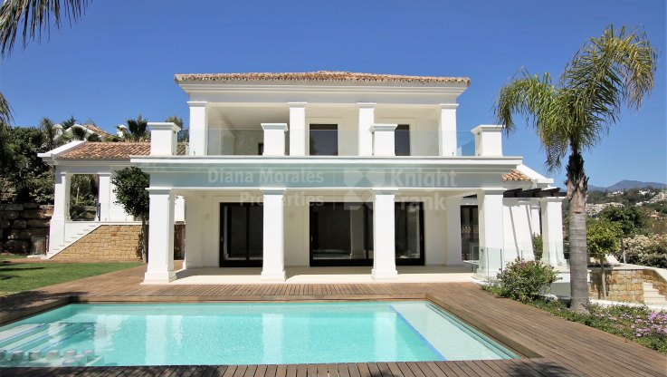 Villa in Los Naranjos Golf - Villa for sale in Las Brisas, Nueva Andalucia