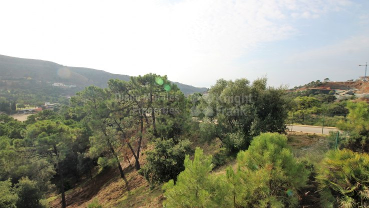 Marbella Club Golf Resort, Plot within green location