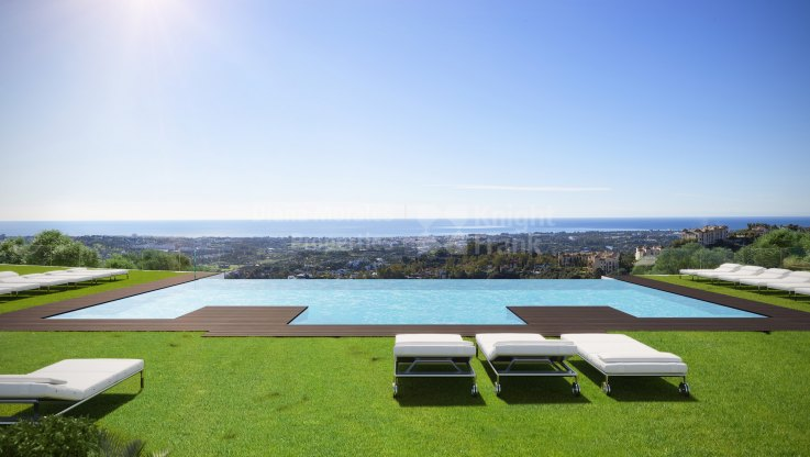 Benahavis, Stunning views from three bedroom apartment