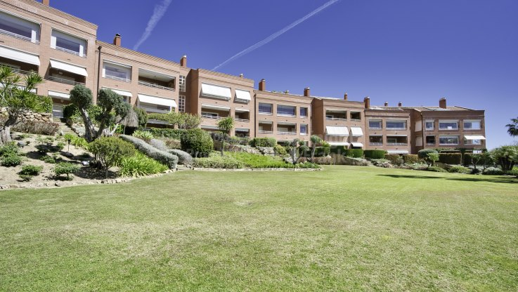 Ideal Location on the Golden Mile - Duplex Penthouse for sale in Marbella Golden Mile