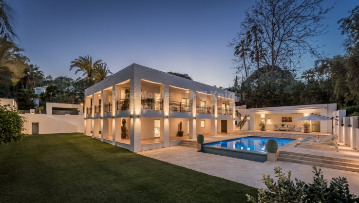 First line golf modern villa - Villa for sale in Las Brisas, Nueva Andalucia