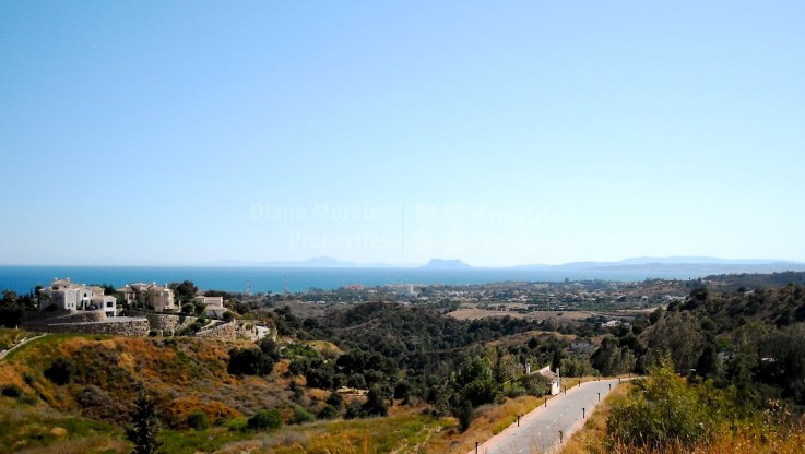 La Panera, Plot with Stunning Sea and Mountain Views, New Golden Mile