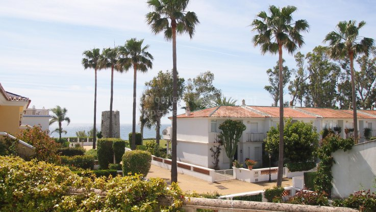 Guadalmina Baja, Villa next to the Beach