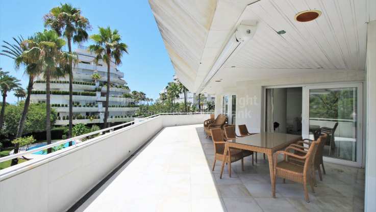 Marbella Centro, Beachside property in Marbella