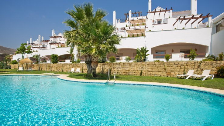 Aloha Royal, Gated Complex of Apartments in Nueva Andalucia