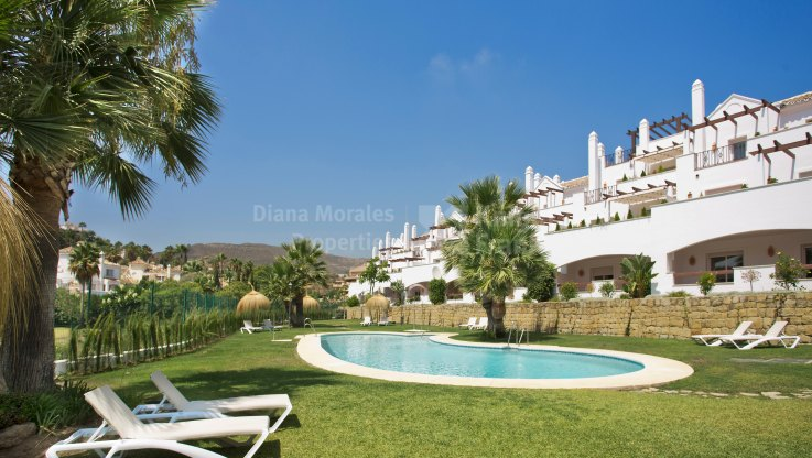 Aloha Royal - Gated complex of apartments in Nueva Andalucia