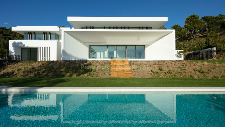 El Bosque, Brand-new Luxury Villas with Uninterrupted Sea Views