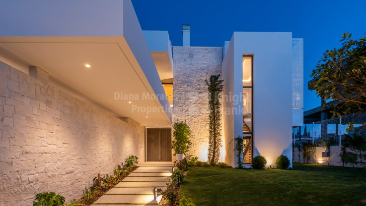 Antik Villas - Modern Villas with sea views
