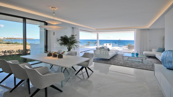 Emare - Spacious and Contemporary Beachfront New Development