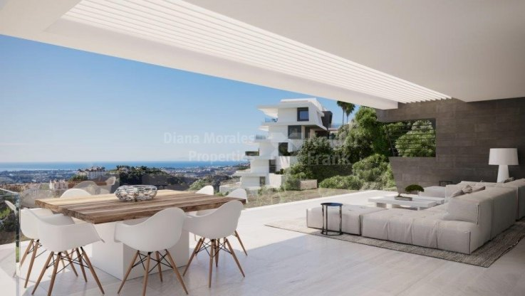 Stunning views, ground floor apartment with private pool - Ground Floor Apartment for sale in Benahavis