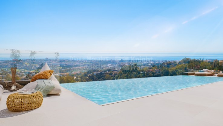 Las Colinas de Marbella, Panoramic views in a boutique complex