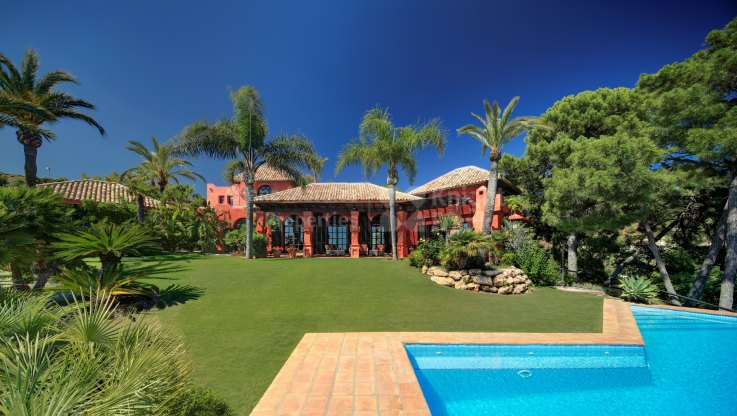 Tropical Retreat in La Zagaleta - Villa for sale in La Zagaleta, Benahavis