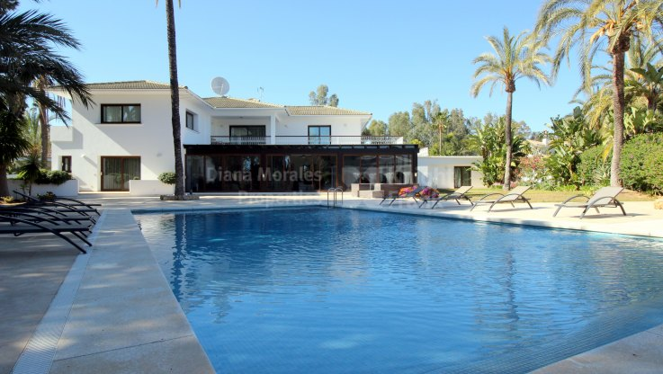Family home by the sea - Villa for rent in Los Monteros, Marbella East