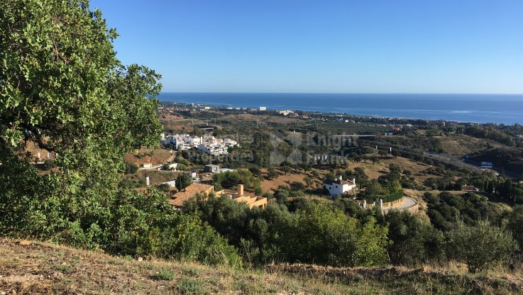 Los Altos de los Monteros, Plot with sea views