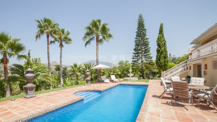 Paraiso Medio, Traditional Andalusian Villa by the Golf
