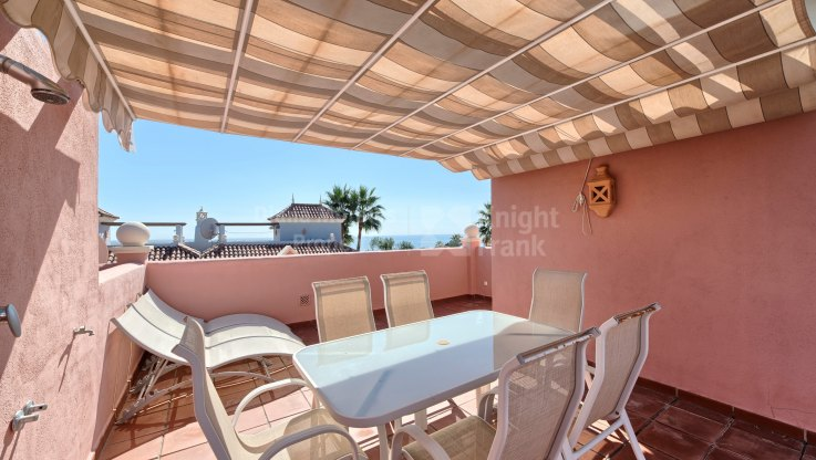 Second line beach semidetached Villa - Semi Detached Villa for sale in Lorea Playa, Marbella - Puerto Banus