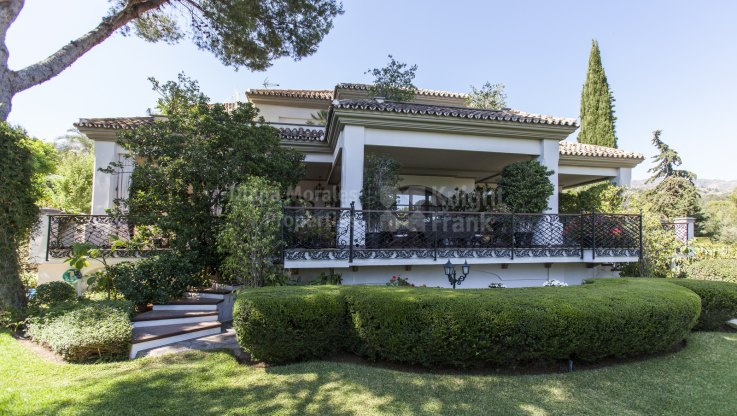 Magnificent Home in Cascada de Camoján - Villa for sale in Cascada de Camojan, Marbella Golden Mile