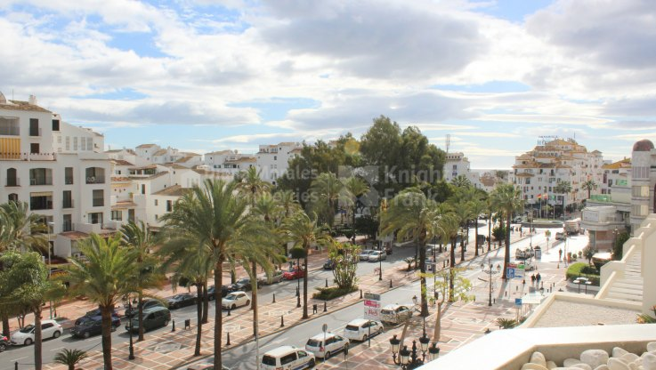 Playas del Duque, Apartment in Puerto Banus for rent