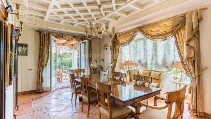 Elegant Villa with Views - Villa for sale in Sierra Blanca, Marbella Golden Mile