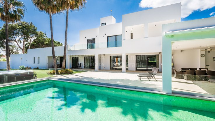 Atalaya, Contemporary Lifestyle Villa near the Beach