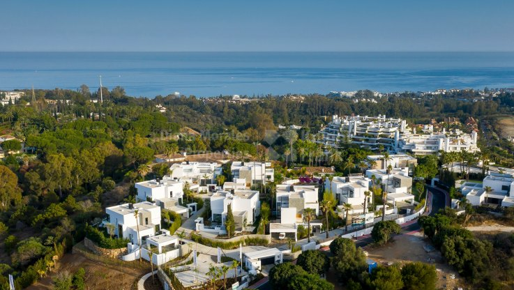 Las Lomas del Marbella Club, Luxury Villa in Small and Gated Community