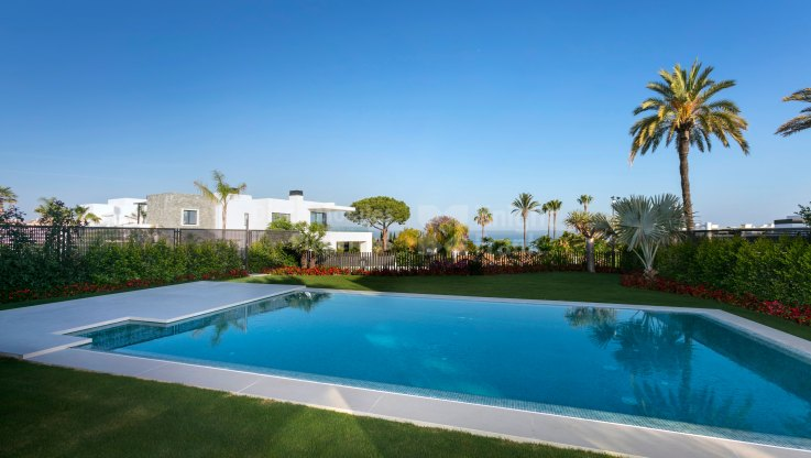 Las Lomas del Marbella Club, New villa in luxury gated complex in the Golden Mile