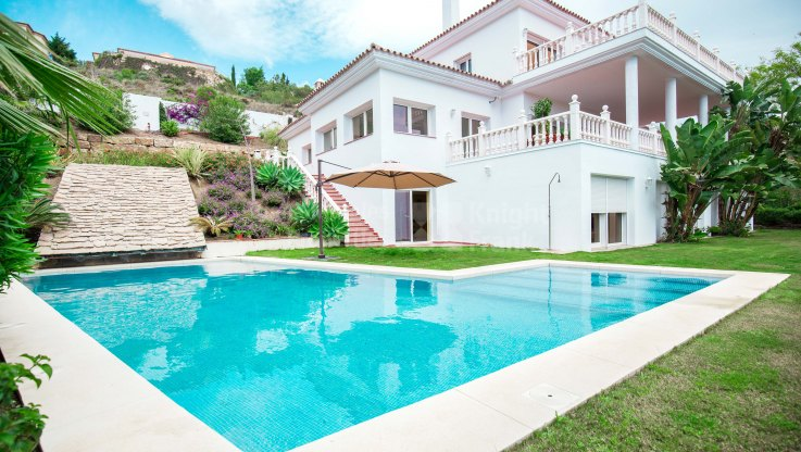 Fantastic Family Home in El Paraiso Alto