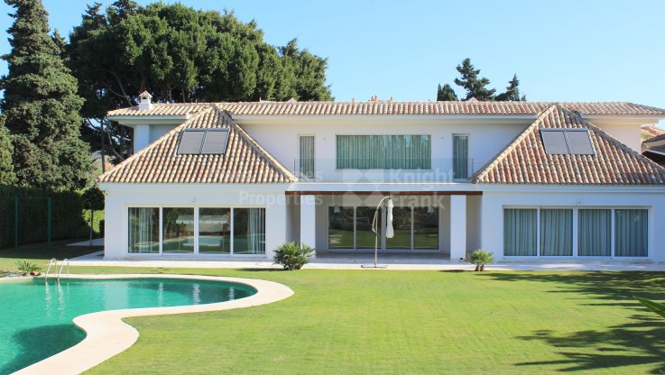 La Reserva de los Monteros, Lovely Villa in Beachside Area