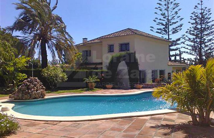 Nice villa in Marbella Center