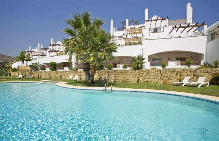 Develompment of apartments and penthouses in the Golf Valley, Marbella