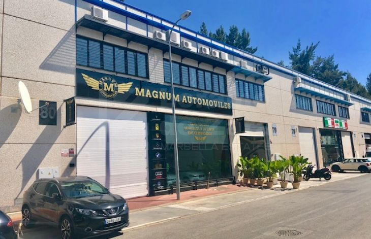 Commercial warehouse in the industrial estate of Nueva Andalucia, Marbella