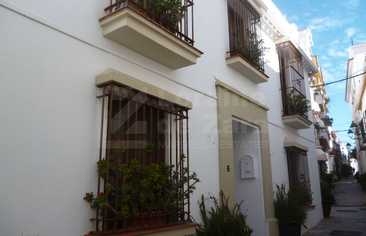 Beautiful palace house completely renovated in the old town of Marbella