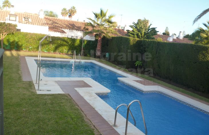 Beautiful 4 bedroom townhouse near the beach in Las Petunias, San Pedro de Alcántara