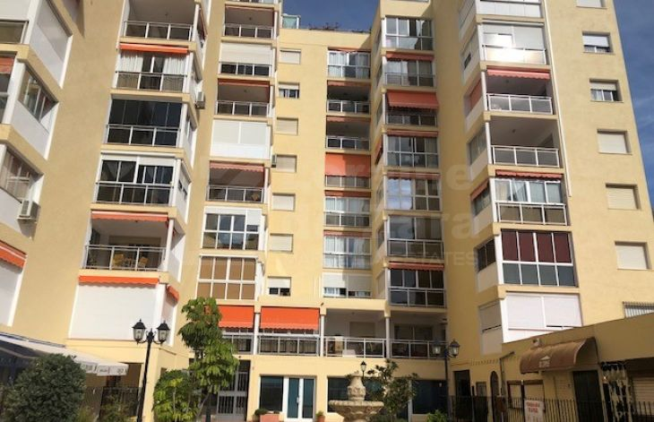 Practical and sunny one bedroom apartment in Marbella center