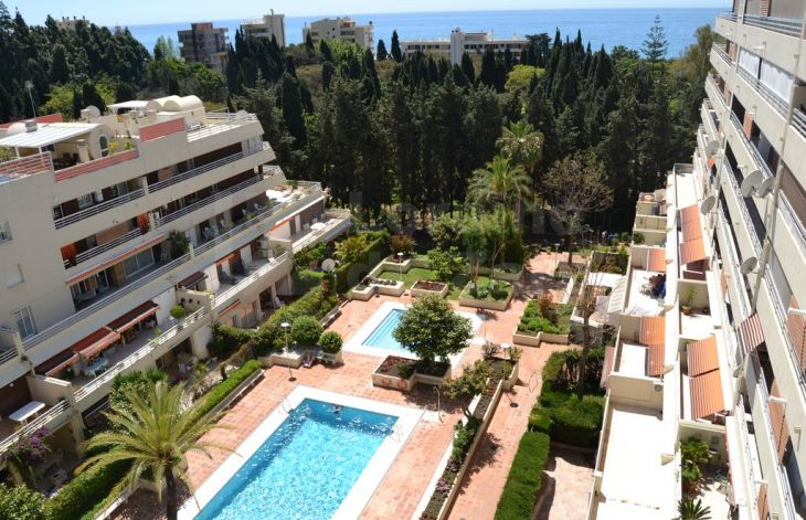 Two bedroom apartment in Marbella center