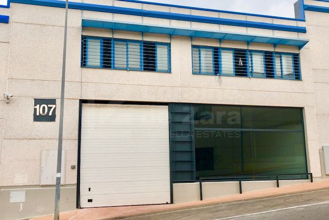 Newly renovated commercial warehouse for rent in La Campana, Marbella