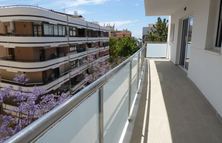Brand new 3 bedroom penthouse in Marbella center.