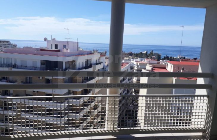 Great three bedroom apartment and garage in the center of Marbella