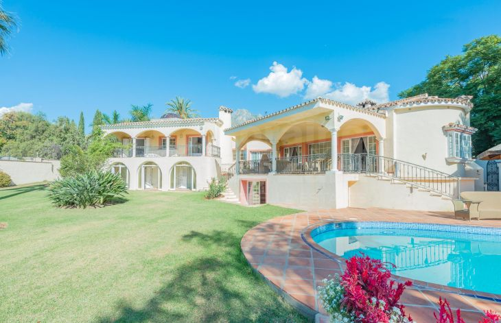 Andalusian style villa on the Golden Mile of Marbella