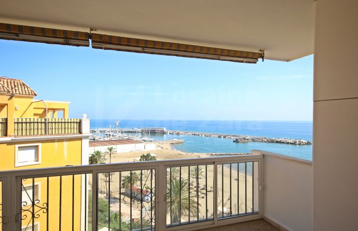 3 bedroom penthouse facing the sea in Marbella center