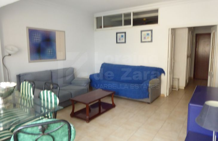 Apartment with communal gardens and pool in the center of Marbella.