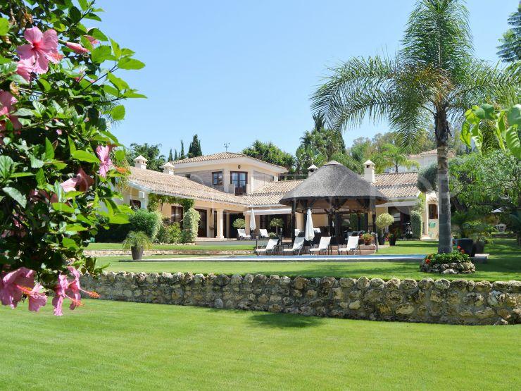 Villa in El Paraiso | DM Properties