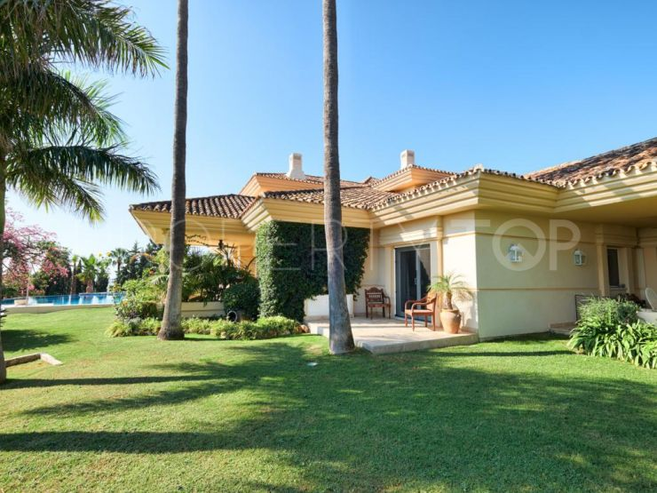 Villa in La Cerquilla, Nueva Andalucia   Andalucía Development