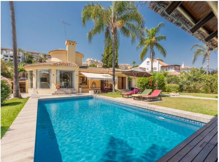 Bungalow for sale in Centro Plaza, Nueva Andalucia   Hansa Realty